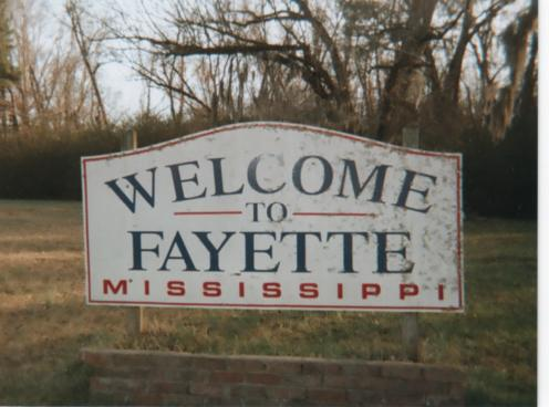 Welcome Sign in Fayette